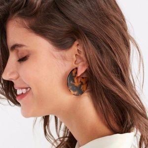 Jewelry - Faux Tortoise shell hoop earrings
